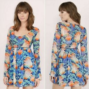 NWT TOBI Tropical Floral Blue Bell Sleeve Dress